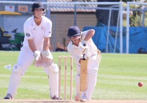 Hawke Cup Heads South